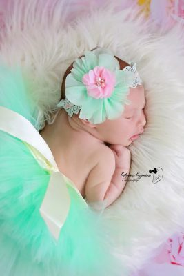 Newborn photography sessions in Jacksonville Florida nad North Florida