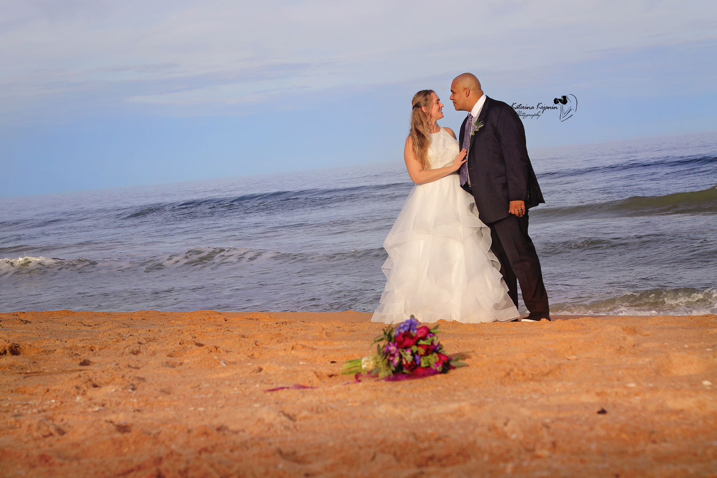 Professional wedding photography services and engagement photography sessions in Palm Coast Florida, Orlando, St. Augustine and Jacksonville
