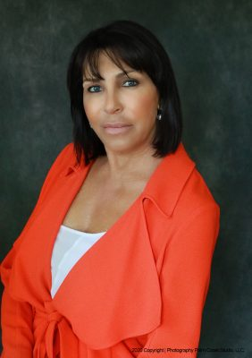 Professional headshots for realtors in studio and outdoor portraits