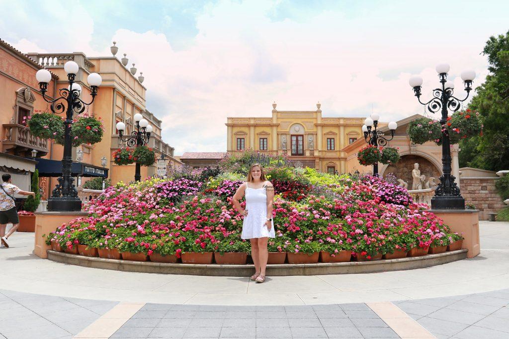 Senior portraits and graduation photography sessions at Walt Disney World Orlando, FL
